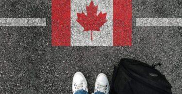 5 月 XNUMX 日放宽对完全接种疫苗的加拿大人的旅行限制