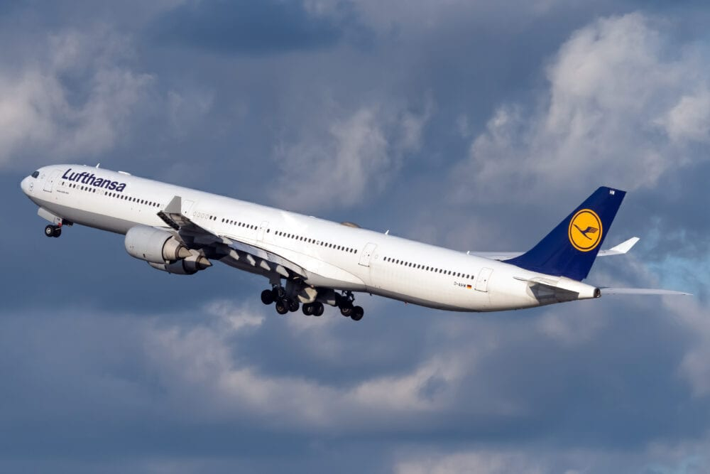 Lufthansa terġa 'tibda t-titjiriet premium tagħha ta' l-Amerika ta 'Fuq u l-Asja mill-Ajruport ta' Munich