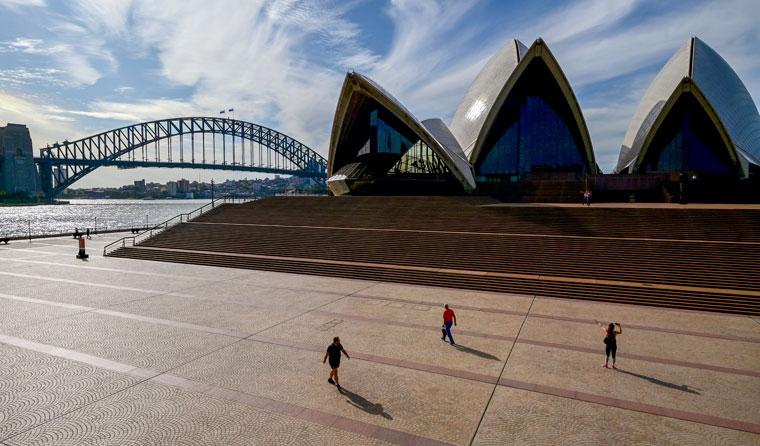 Maior cidade da Austrália entra em bloqueio total de duas semanas
