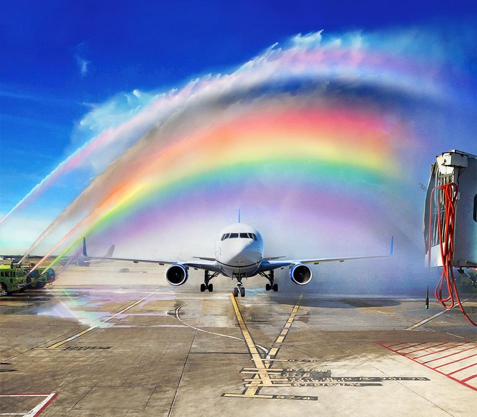 Fleane mei grutskens: United Airlines, Chase en Visa stypje LGBTQ + gelikensens