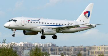 شرکت هواپیمایی متحد روسیه برای تحویل 33 هواپیمای مسافربری سوخو سوپرجت 100 در سال 2021