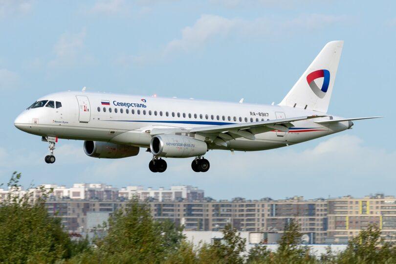 Російська об'єднана авіаційна корпорація поставить 33 пасажирські літаки Sukhoi Superjet 100 у 2021 році