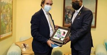 جمیکا کے وزیر سیاحت نے جمیکا میں میکسیکن کے سفیر سے ملاقات کی
