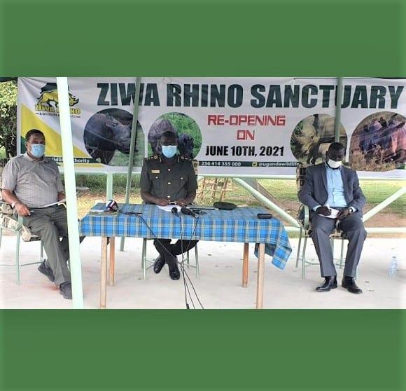 Sanwa Rinoseròs Ziwa louvri ankò anba Ouganda Wildlife Otorite ede touris