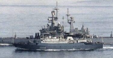 Руските шпиони са насочени към Хавай тази вечер, оперирайки от кораб на север от Оаху