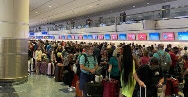 Кибер атака? FAA заземи всички полети на Southwest Airlines в САЩ