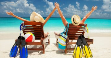 카리브해 관광은 여름 여행에 대해 조심스럽게 낙관적입니다.