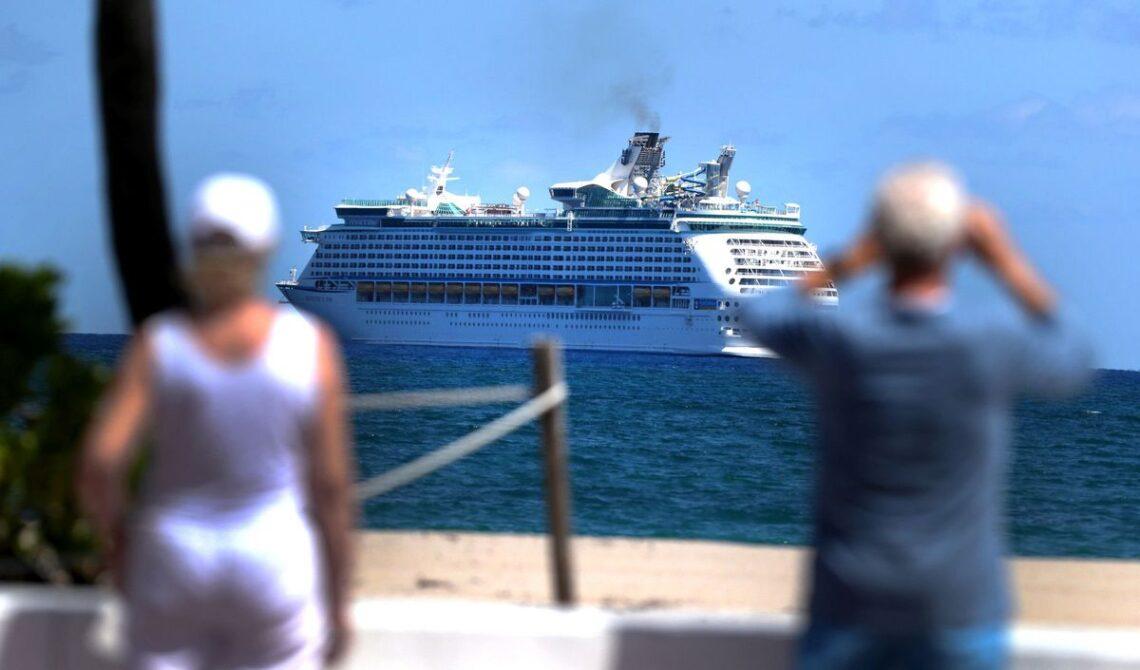 Rakaabka ku jira Imtixaanka Buuxa ee Tallaalka Kariibiyaanka Royal Caribbean wuxuu u wanaagsan yahay COVID-19