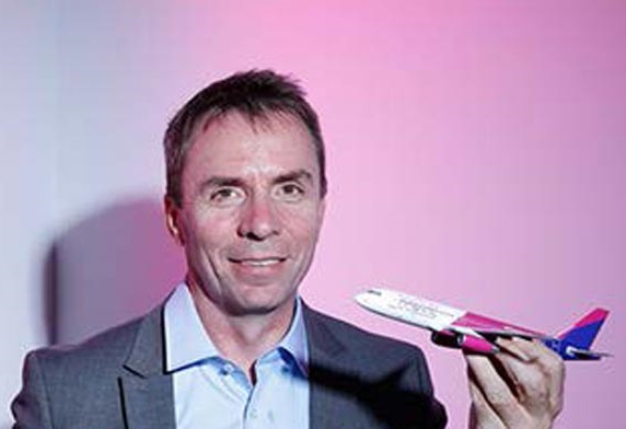 Wizz Air– ის აღმასრულებელი დირექტორი 100 მილიონი ფუნტი სტრიქონების გაერთიანება