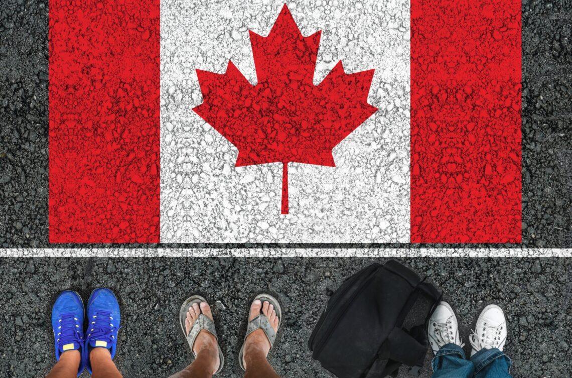 Kanada për të hapur kufijtë për udhëtarët plotësisht të vaksinuar