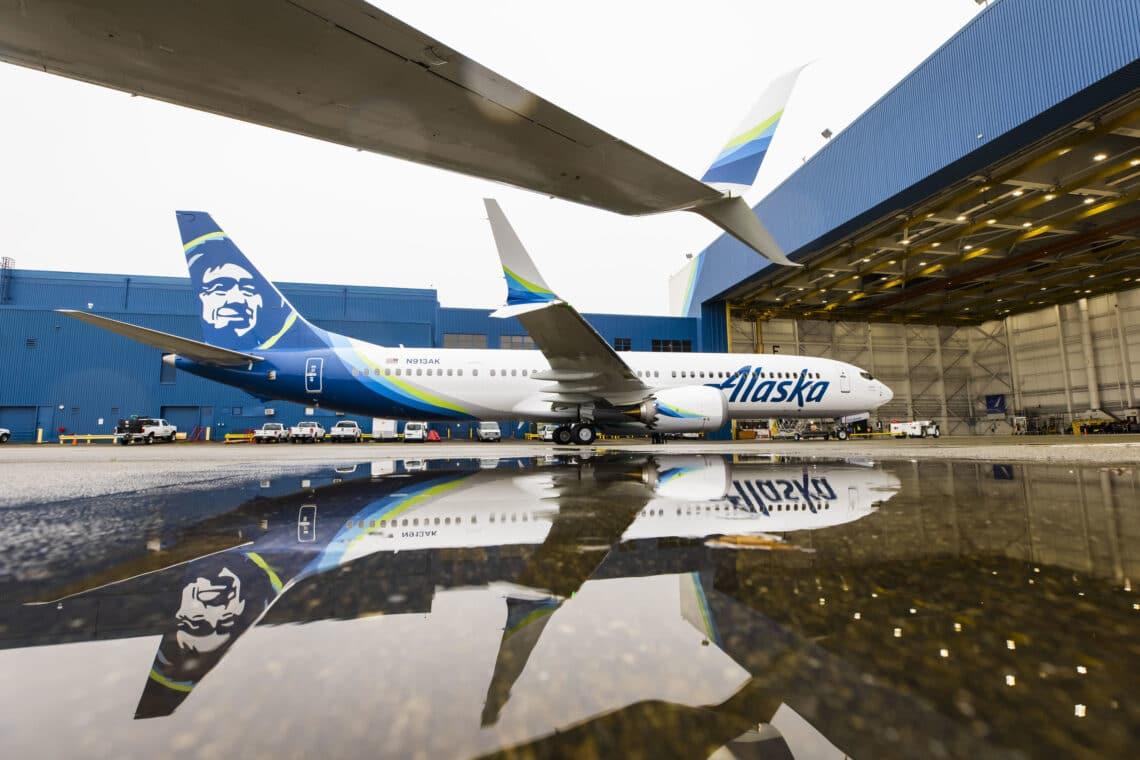 Bidh Alaska Airlines a 'toirt a-steach 12 jet ùr Boeing 737-9