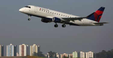 SkyWest Buys 16 New Embraer Jets for Delta Air Network