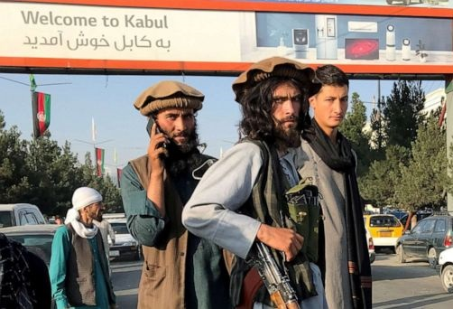 Talibã assume o controle total do Aeroporto Internacional Hamid Karzai de Cabul amanhã
