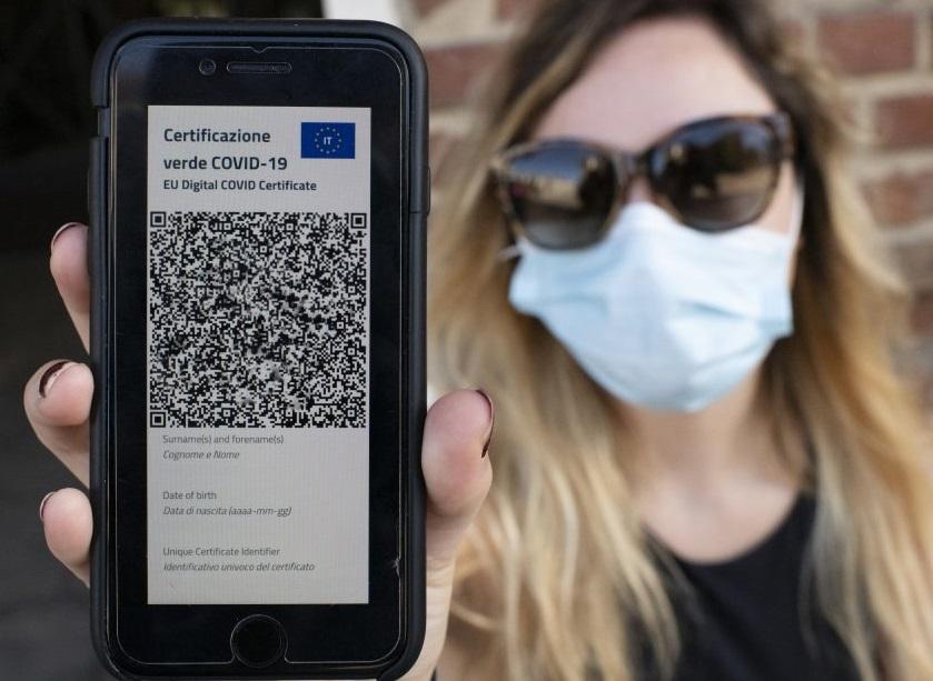 در حال حاضر مجوز بهداشت COVID-19 در ایتالیا اجباری است