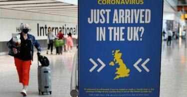 英国はワクチン接種を受けた外国人の入国規則を緩和