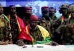 Putsch in Guinea: Präsident festgenommen, Regierung aufgelöst, Grenzen geschlossen