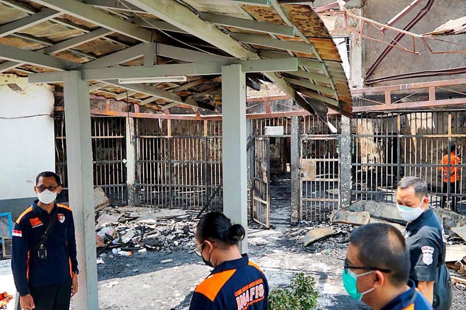 Najmenej 41 mŕtvych a 80 zranených si vyžiadala požiar väznice v Jakarte