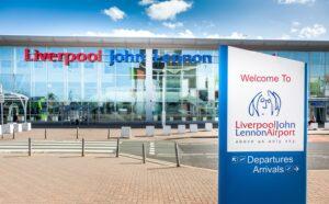 """Nowe """"najnowocześniejsze"""" testy COVID na lotnisku im. Johna Lennona w Liverpoolu"""