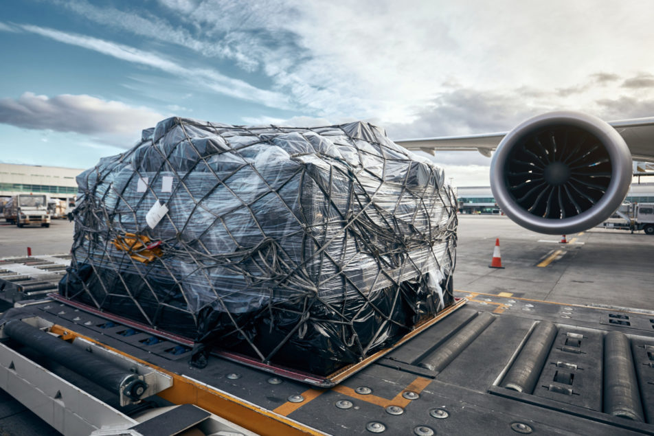 ИАТА: рост мирового спроса на грузовые авиаперевозки превышает возможности