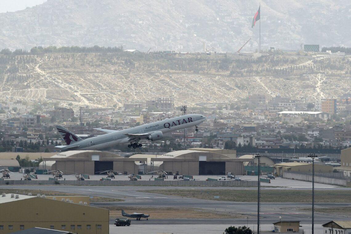Η πρώτη διεθνής επιβατική πτήση αναχωρεί από το αεροδρόμιο της Καμπούλ