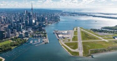 Billy Bishop Toronto Cityn lentoasema jatkaa kaupallista palvelua