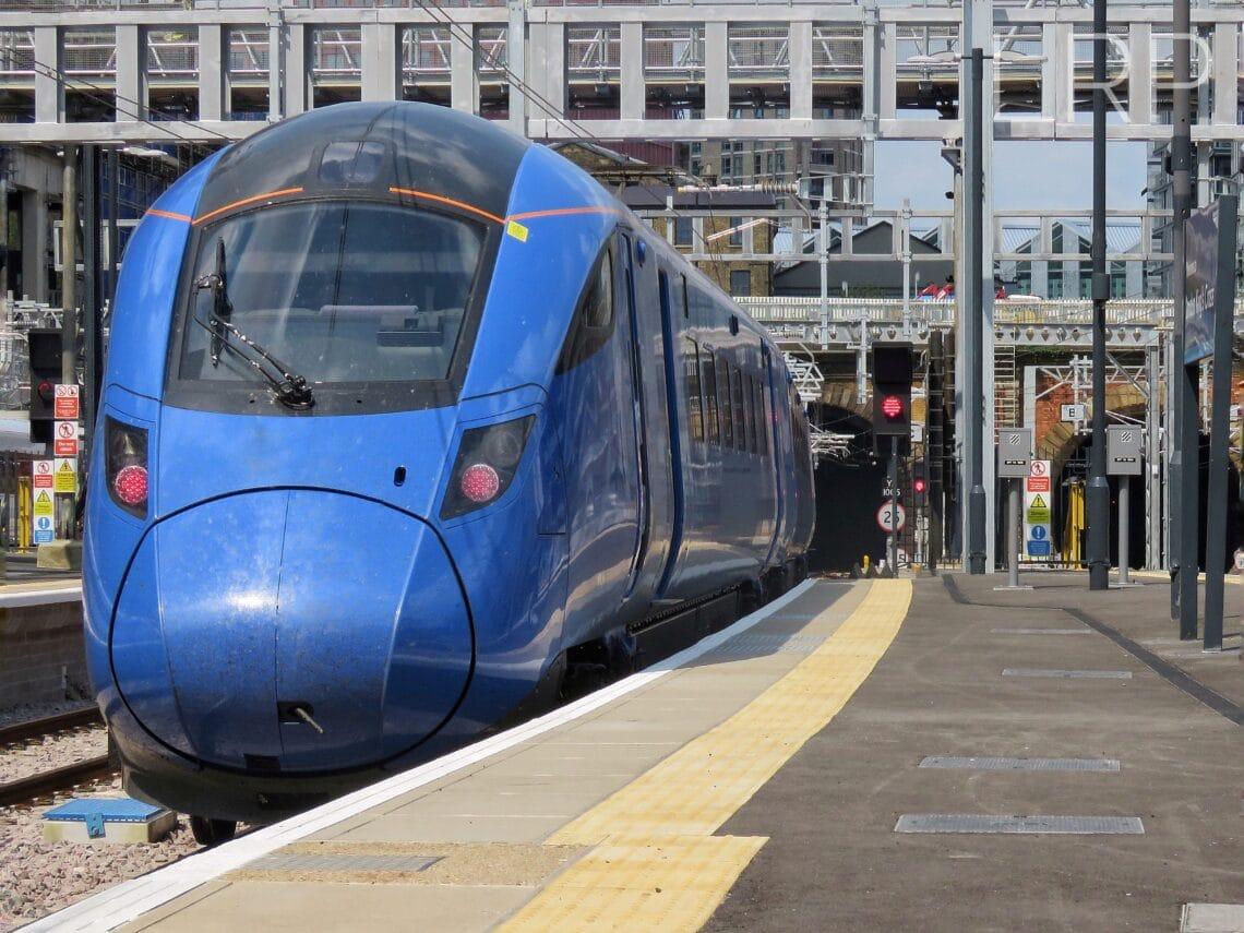 Un nouveau train à bas prix de Londres à Édimbourg pourrait perturber les services ferroviaires et aériens actuels