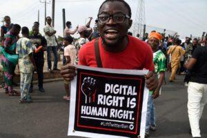 Nigeryjskie firmy, użytkownicy potępiają zawieszenie Twittera w tym kraju