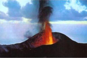 Іспанскія Канарскія выспы рыхтуюцца да надыходзячага вывяржэння вулкана