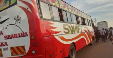 Egy ember meghalt, többen megsebesültek az ugandai buszrobbanásban.