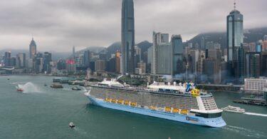 Hongkonské úrady odsúdili plavbu Royal Caribbean do nikam.