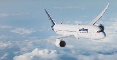 Эхний Lufthansa Boeing 787-9 Dreamliner онгоцыг Берлин гэж нэрлэхээр болжээ.