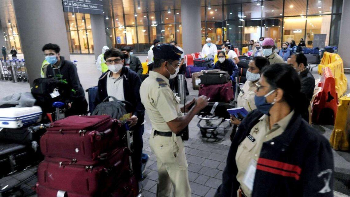 הודו מסיימת את כל מגבלות הנסיעות, פותחת מחדש את הגבולות החל מה -15 באוקטובר