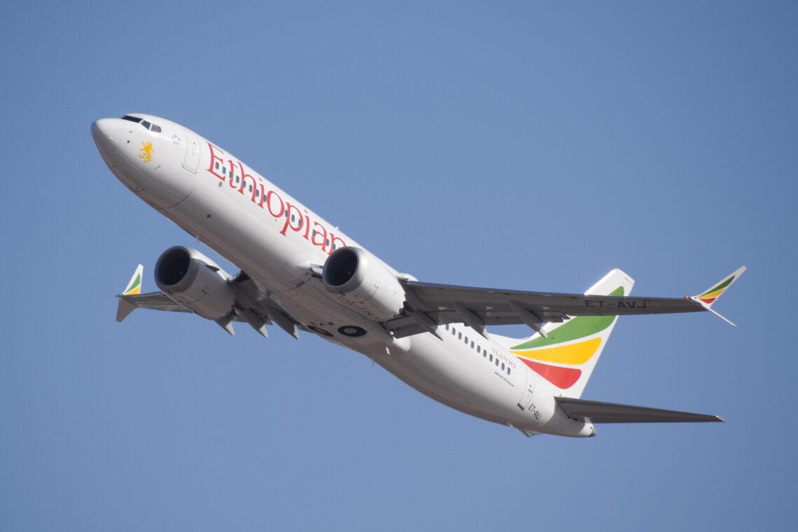 Ethiopian Airlines: Lento Enuguiin, Nigeriaan