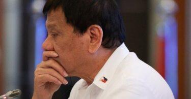 Filipinų prezidentas palieka politiką